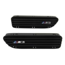 Légbeömlő sárvédőbe BMW M3 Fekete